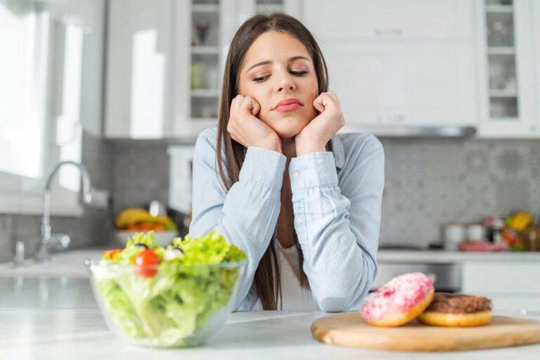 Quero comer com consciência mas meu cérebro não deixa